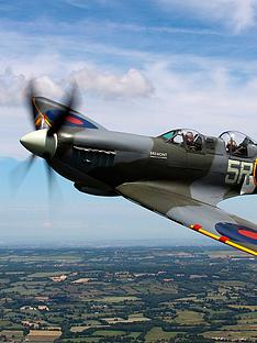 virgin-experience-days-flight-in-a-wwii-spitfire
