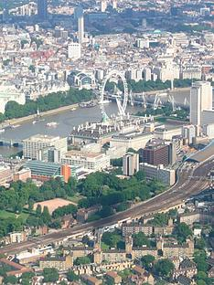 virgin-experience-days-city-of-london-helicopter-sightseeing-tour-for-two