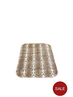 luxury-faux-fur-rug
