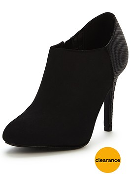 oasis-tullia-patched-shoe-boot