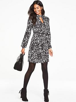 v-by-very-petite-trim-detail-tea-dress-animal-print