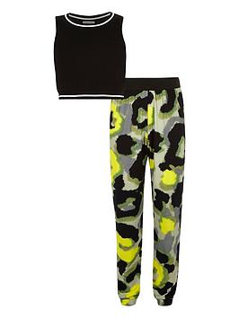river-island-girls-black-zip-crop-with-printed-joggers-set