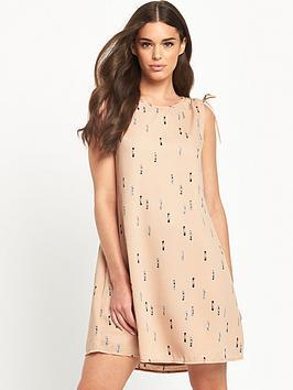 vila-dilusion-dress