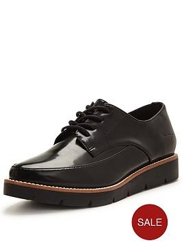 rocket-dog-roxford-lace-up-shoe