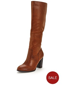 wallis-highlight-block-heel-knee-boot