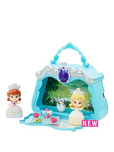 sofia-the-first-sofia-the-first-3inch-storytelling-set-with-carry-case-tea-party-set-with-sofia-and-amber