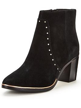 ted-baker-takilnbspwestern-suede-ankle-boot