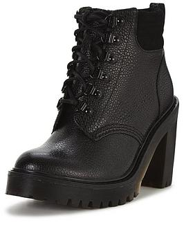 dr-martens-persephone-fl-6-eye-padded-collar-boot-black