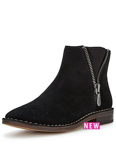 clarks-cabaret-ruby-side-zip-ankle-boot-black
