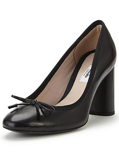 clarks-clarks-idamarie-faye-bow-court-shoe