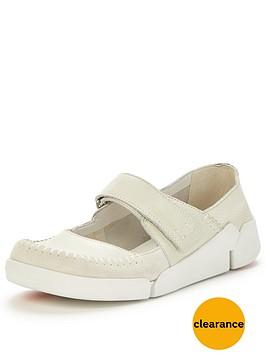 clarks-tri-amanda-bar-shoe