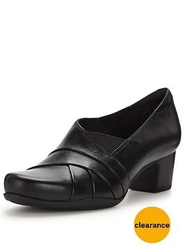 clarks-rosalyn-adele-court-shoe