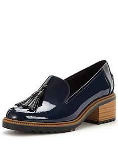 clarks-balmer-haze-low-heel-loafer