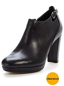 clarks-kendra-spice-heeled-shoe-boot