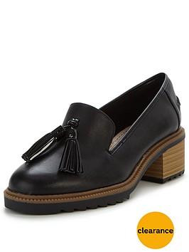 clarks-balmer-haze-low-heel-loafer