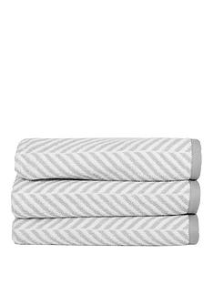 newport-creek-savannah-chevron-bath-towel-550gsm