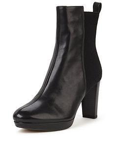 clarks-kendra-porter-heeled-ankle-boot-black