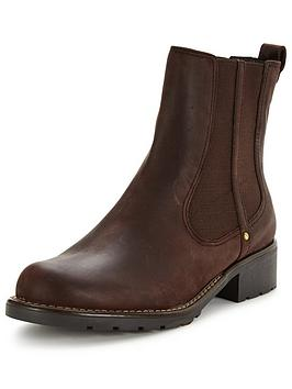 clarks-orinoco-club-chelsea-ankle-boot