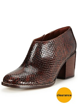 clarks-othea-ada-shoe-boot