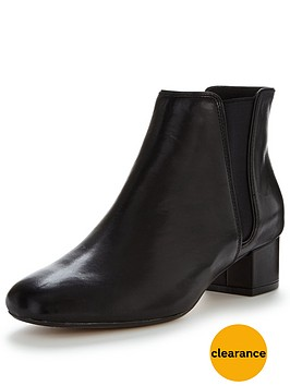 clarks-cala-jean-low-heel-ankle-boot
