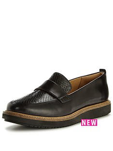clarks-glick-avalee-chunky-sole-loafer