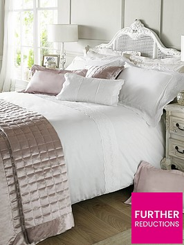 holly-willoughby-quilted-squares-150-x-220cm-throw