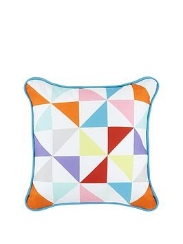 offbeat-triangles-cushion