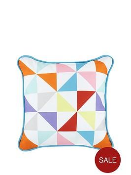 offbeat-triangles-cushion