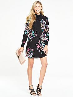 v-by-very-printed-tie-neck-dress