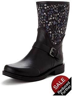 ugg-liberty-sivadanbspshort-boot