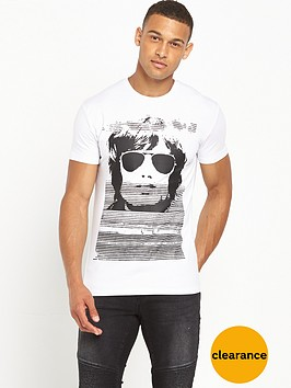 antony-morato-sunglasses-tshirt