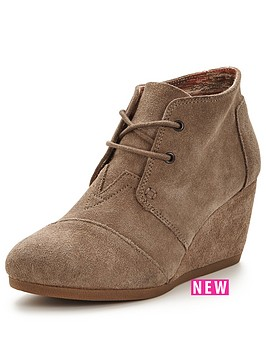 toms-desert-wedge-boot