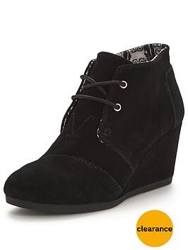 toms-desert-wedge-boot