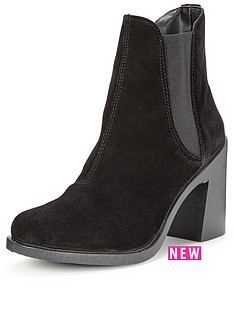miss-selfridge-suede-ankle-boot-black