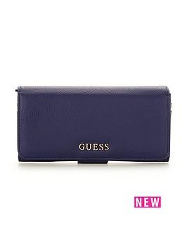 guess-tab-button-purse