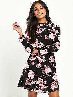 miss-selfridge-miss-selfridge-petite-black-rose-print-high-neck-dress