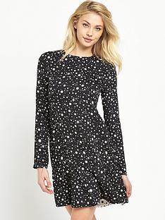 warehouse-star-print-flippy-hem-dress-blackwhite