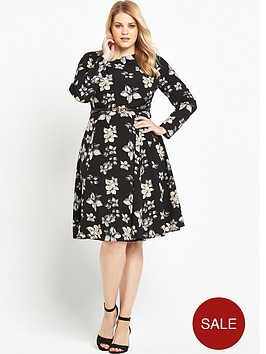 lost-ink-curve-midi-dress-in-pretty-floral-with-belt
