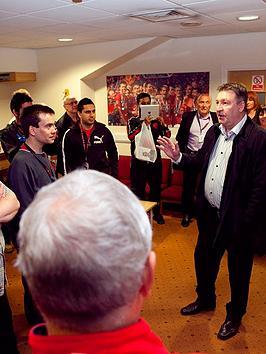 virgin-experience-days-manchester-united-legends-tour