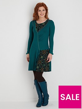 joe-browns-remarkable-dress