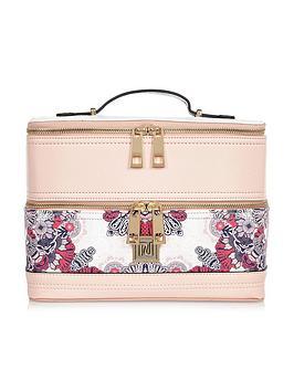river-island-pink-floral-vanity-case