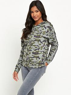 river-island-long-sleeve-camo-sweatshirtnbsp