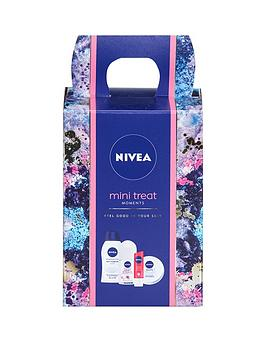 nivea-female-mini-treat-moments-gift-set