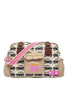 pink-lining-yummy-mummy-black-cabs-changing-bag