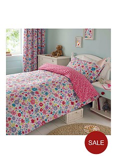 ditsy-floral-pleated-curtains