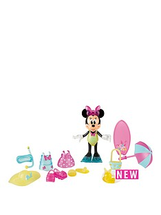 minnie-mouse-minnie-mouse-beach-beauty