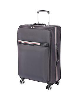 it-luggage-quasar-expander-4-wheel-spinner-medium-case