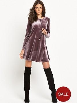 glamorous-velvet-swing-dress