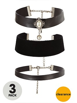 v-by-very-3-pack-pearl-velvet-and-faux-leather-choker-set