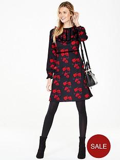 v-by-very-poppy-frill-tea-dress